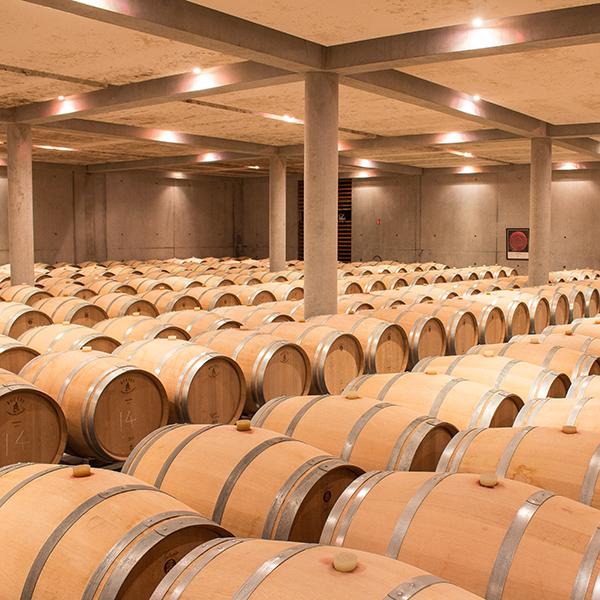 Marché public: achat de barriques pour la vinification et l'élevage de vins blancs