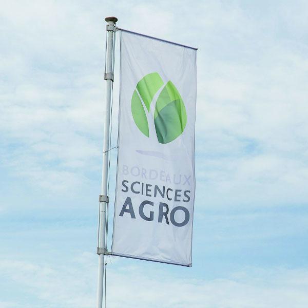 Bordeaux Sciences Agro recrute : un tractoriste ouvrier polyvalent